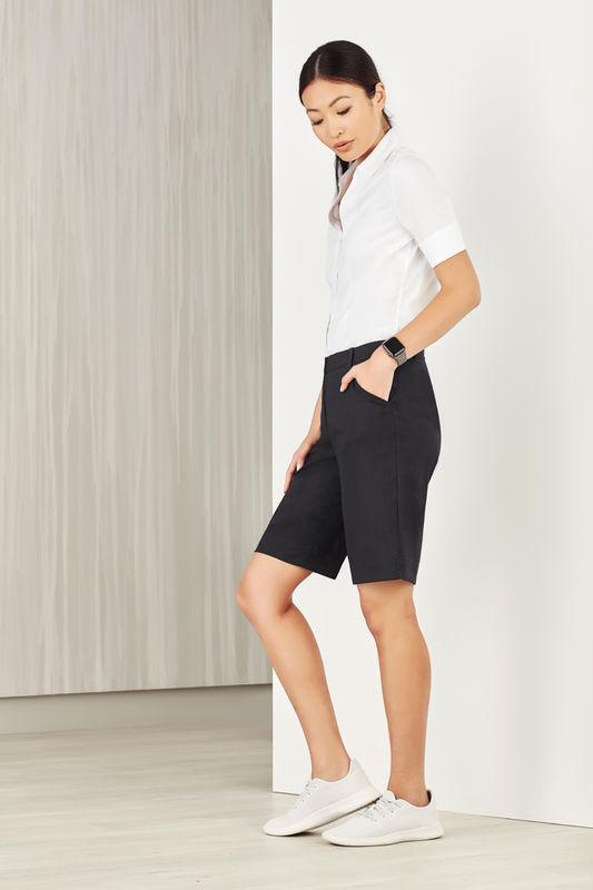 Ladies Comfort Waist Cargo Shorts