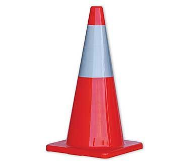 Ref Traffic Cone 700mm